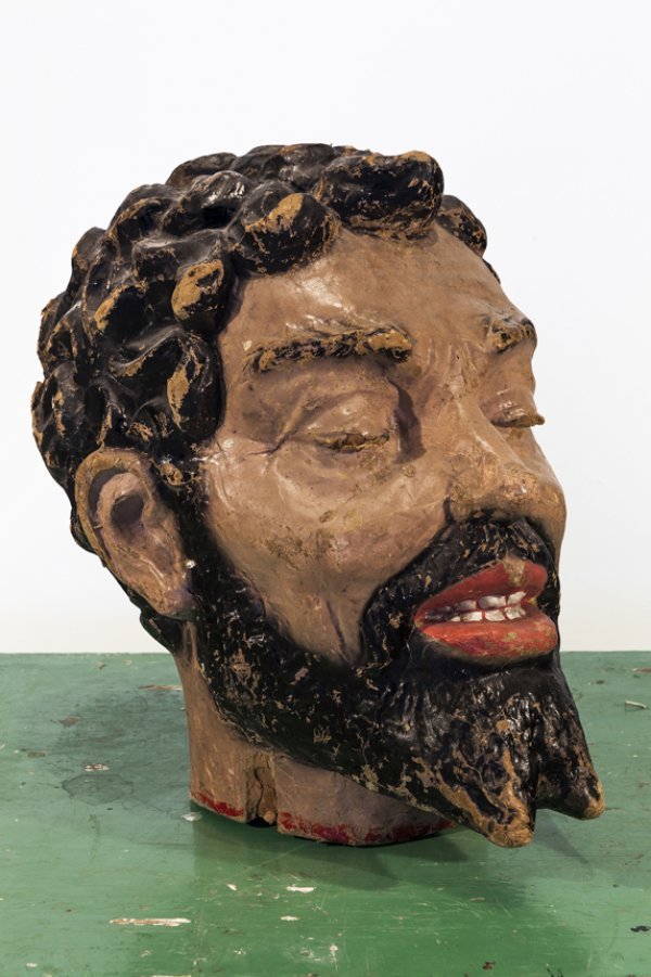 a Goliath head, owned by Texas-based collectors Bruce and Julie Webb;