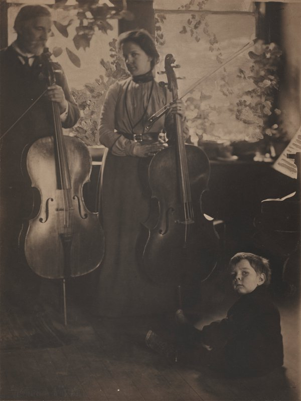 Gertrude Käsebier, Harmony, 1901, platinum print with hand additions to negative;
