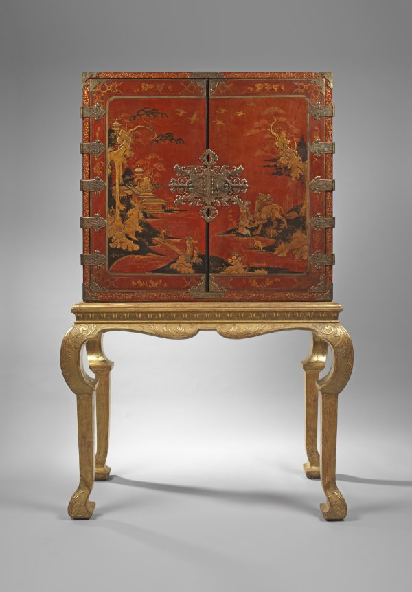 Red lacquer cabinet on a giltwood stand, circa 1720