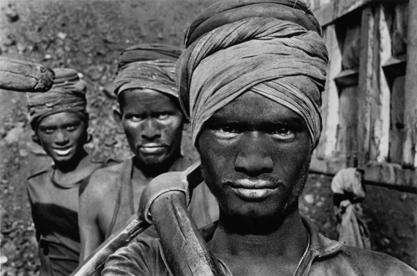 Sebastião Salgado, coal mining in the Dhanbad