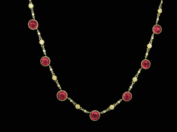 Red Cabishon Diamond Gold Necklace