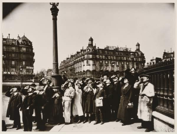 Eugène Atget, Eclipse, 1911