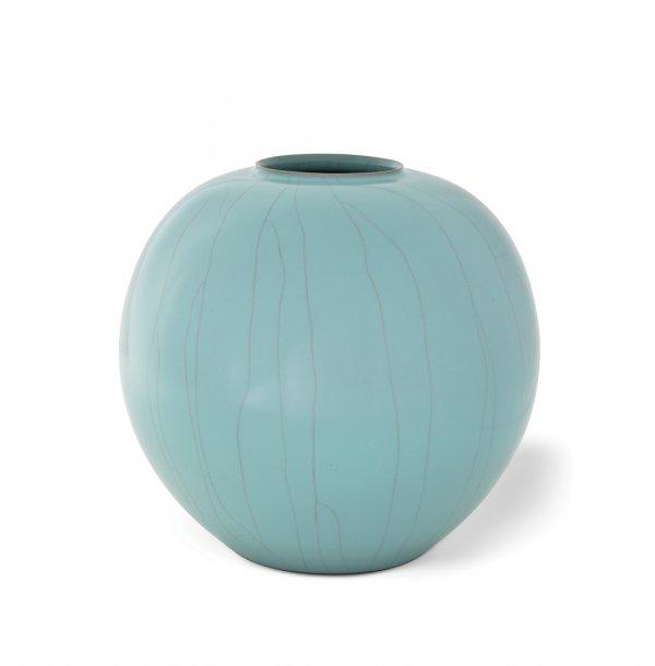 Suzuki Sansei, celadon globular jar, circa 1990–95