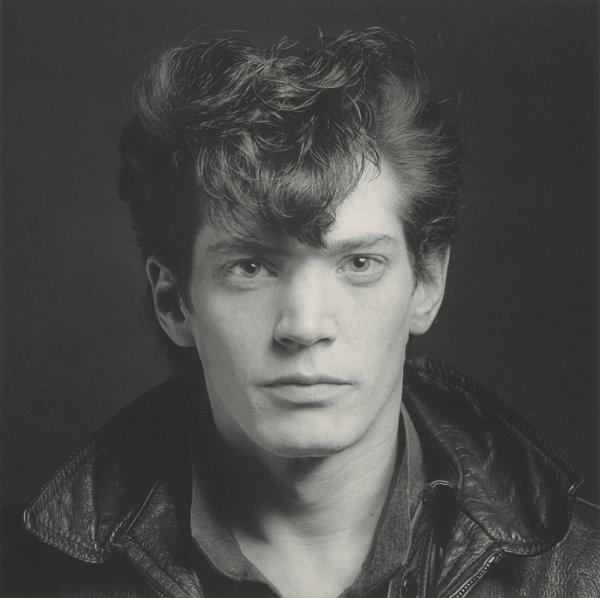 Robert Mappletorpe, Self Portrait