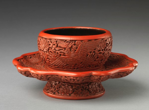 Tea-Bowl Stand with Phoenixes