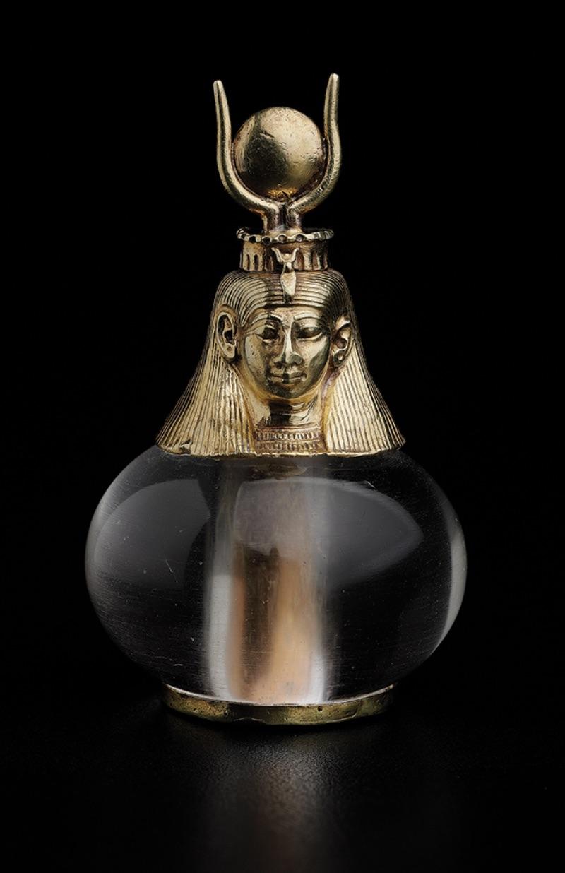 Hathor-headed crystal pendant, 743-712 B.C.