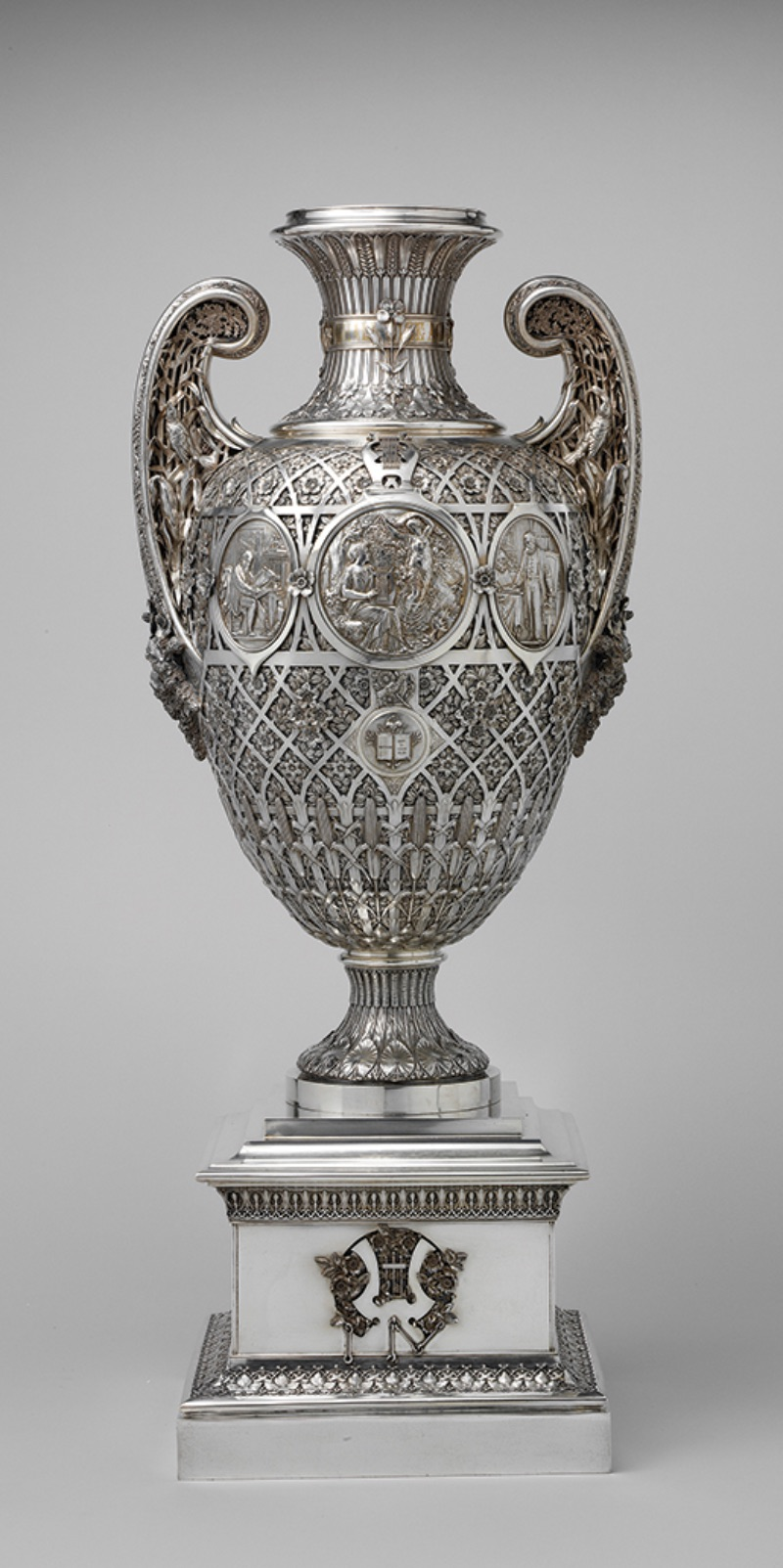 Bryant Vase, 1876, silver and gold, 33 1⁄2 x 14 x 11 5⁄16 in.